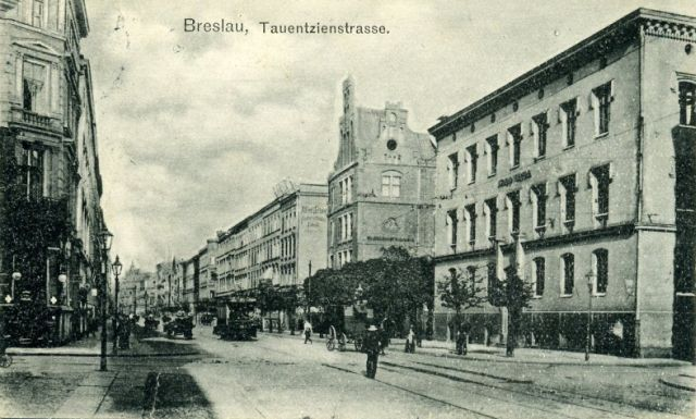 http://www.vogel-soya.de/bilder/Breslau/Breslau_Tauentzienstrasse.jpg